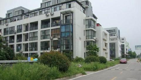 翠屏湾花园城24-3-105明管暖气片安装案例