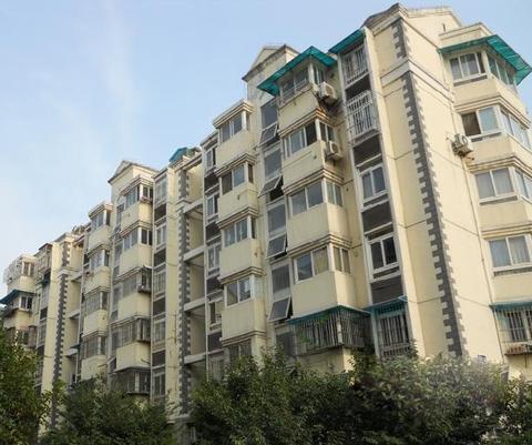 龙福山庄1-602乔先生家暗管暖气片施工案例